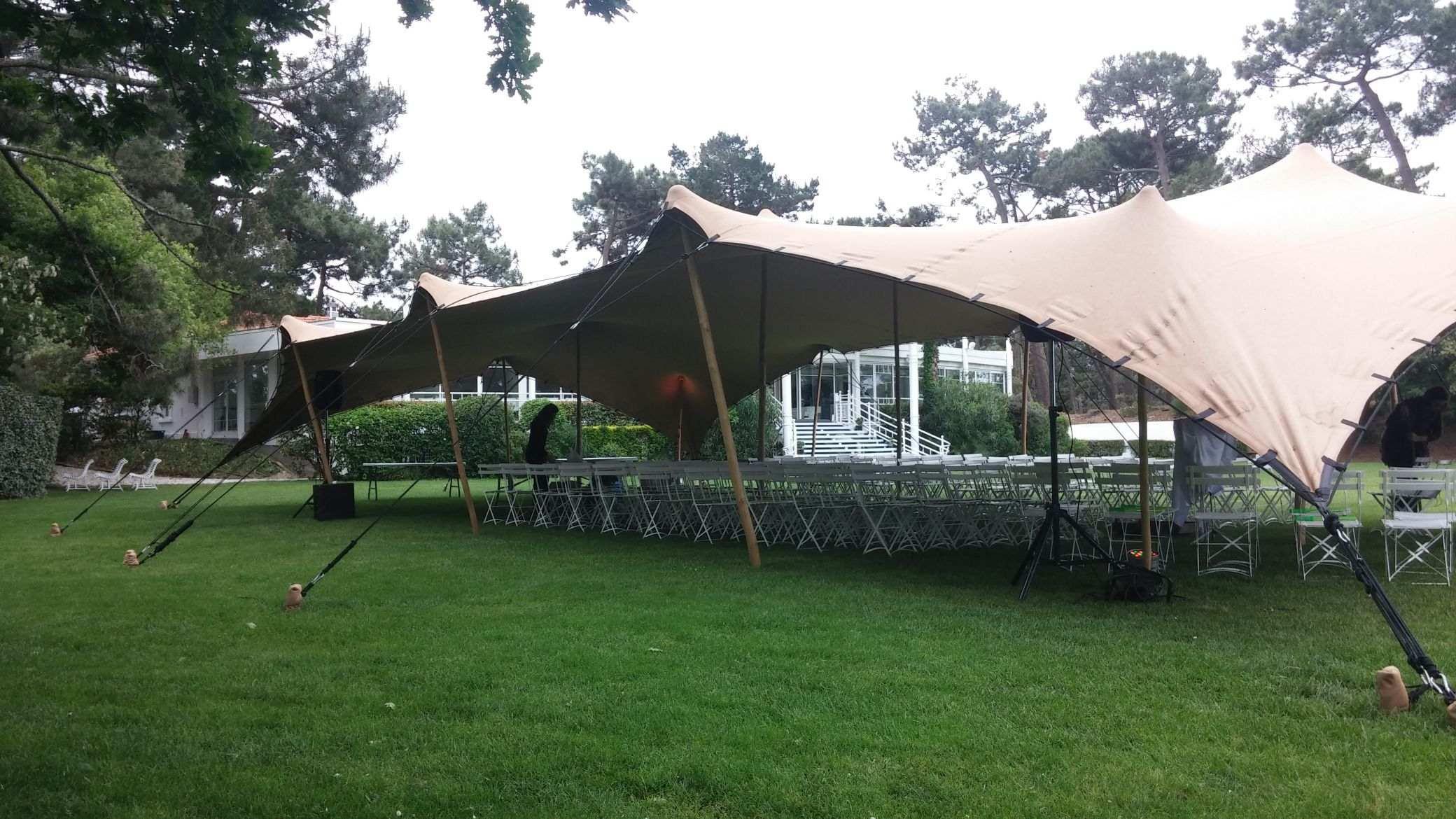 stretch tente 200m2